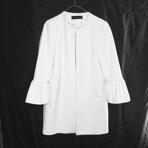 Zara Woman Ruffle Sleeve Duster Coat in Cream Whit
